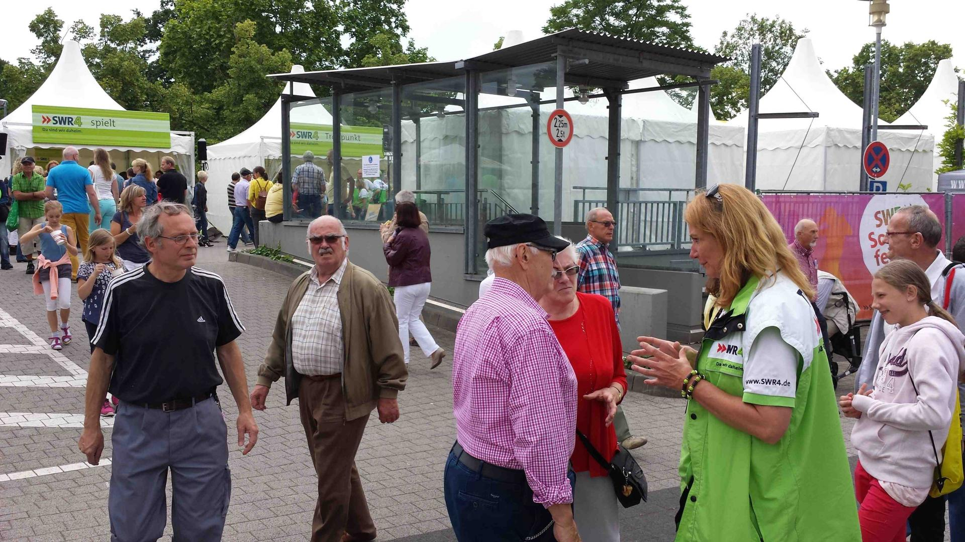 """mobile Gartensprechstunde"" beim SWR Somerfest in Mainz"